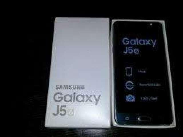 Samsung Galaxy J5 2016 Nuevo Color Negro