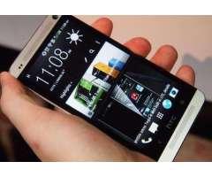 Vendo HTC One M7 Libre,Camara de 13MPX FHD,2GB RAM,32GBi,Quad Core 1.7GHz,buen estado 9/10pts