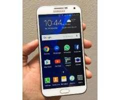 Vendo Samsung Galaxy E7 4g Lte Libre,Camara De 13mpx Fhd,16GBi,2GB RAM,Quad Core 1.2GHz,9/10pts