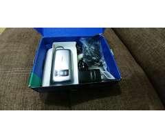 Nokia C6 en Caja