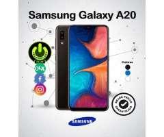 Samsung Galaxy A20 Modelo 2019 32 Gb / Tienda física centro de Trujillo / Celu...