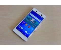 Vendo Celular Sony Xperia M5 Libre 4G LTE,Exelente estado 9/10pts con garantia,Camara de 2...