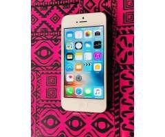 Vendo iPhone 5 Nuevo con Accesorios