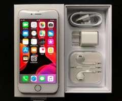 Vendo iPhone 6s Nuevo de 32gb en Caja