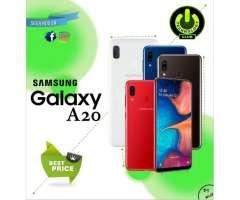 Samsung Galaxy A20 32 Gb / 2 Tiendas Fisicas Trujillo Expomall y Centro historico / S...