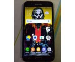 Samsung J7 2015 con 1 Detalle