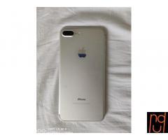 Vendo iPhone 7plus en perfecto estado+ 4 fundas de regalo.