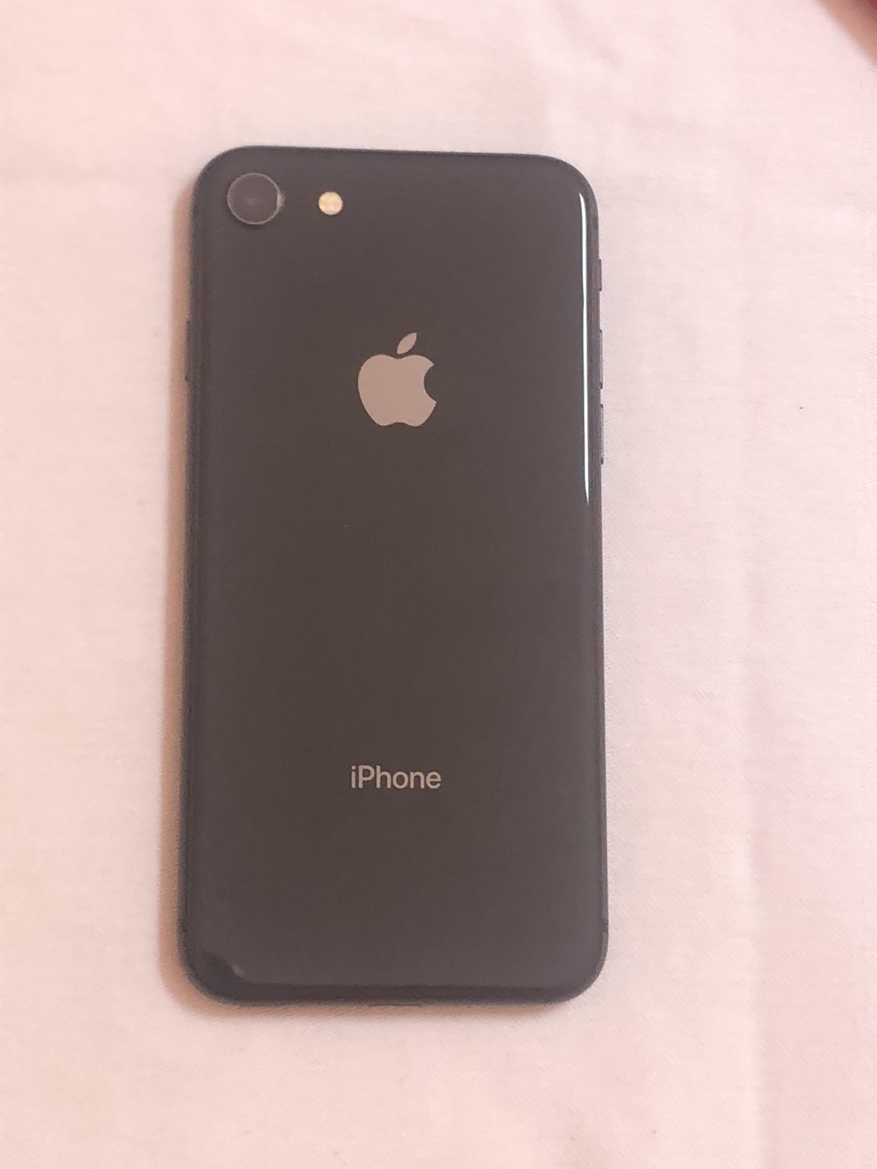 Venta de Celular iPhone 8